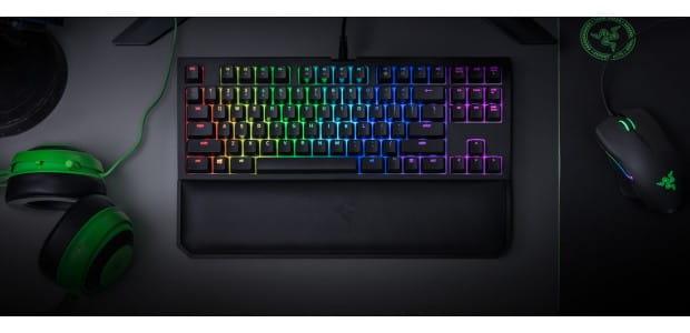 Razer объявил о выпуске клавиатуры BlackWidow Tournament Edition Chroma V2 для соревновательных игр